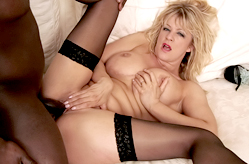 White Mommy Craves Black Dicky