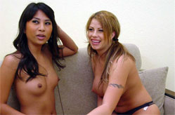 Cute Brooke & Nyomi get together, Sc&egrave;ne 2