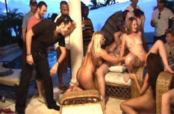 Asian whore and her white groupies, Sc&egrave;ne 4