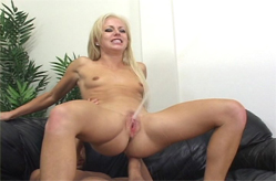 Angela Stone cums like nobody